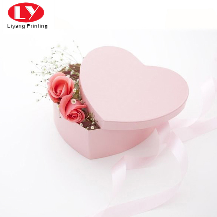 heart cardboard flower boxes graphic artwork for gift packing-5