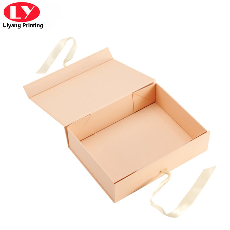 Pink Folding Magnetic Closure Gift Box with Ribbon