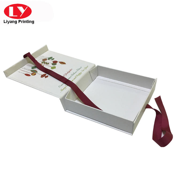 Christmas Printed magnetic flat pack gift box with ribbon closure