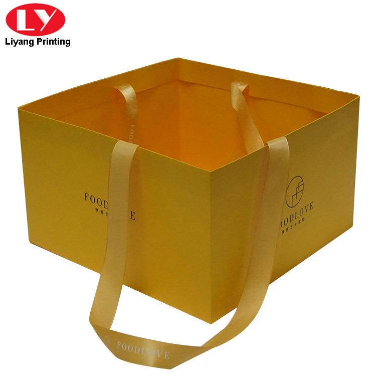 Custom cake paper bag with ribbon handle