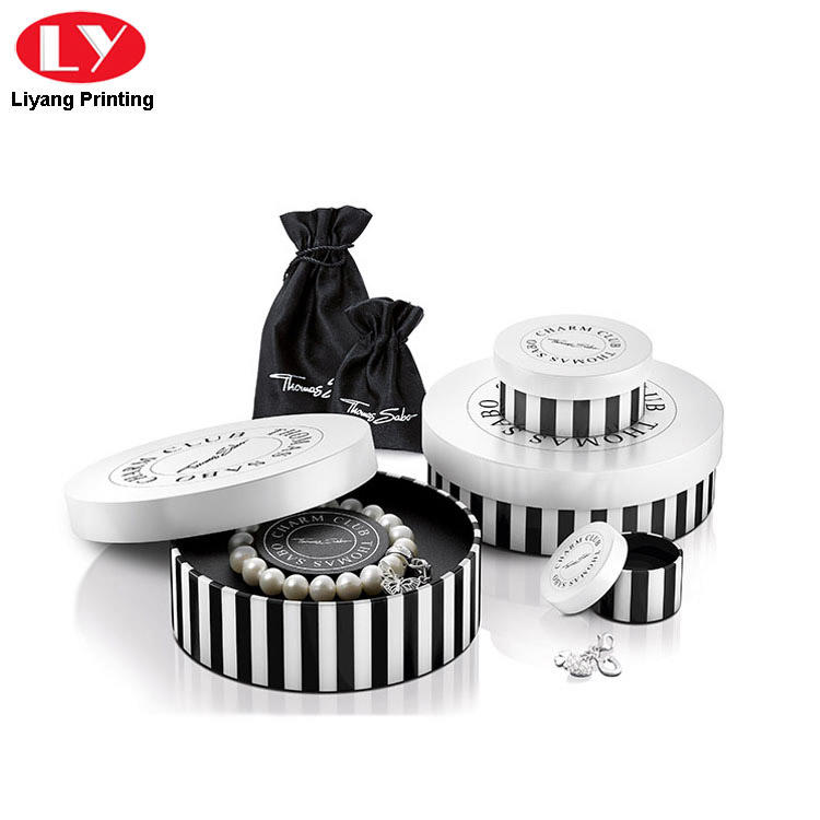 Luxury Bracelet Packaging Box with Custom Logo-1