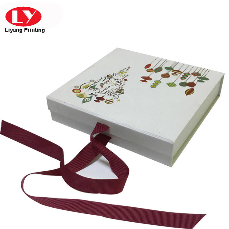 Christmas Printed magnetic flat pack gift box with ribbon closure-3