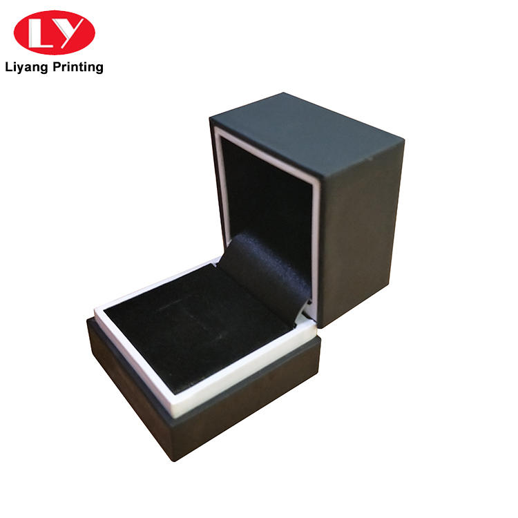 touch custom jewelry packaging bulk production for small bracelet Liyang Paper Packaging