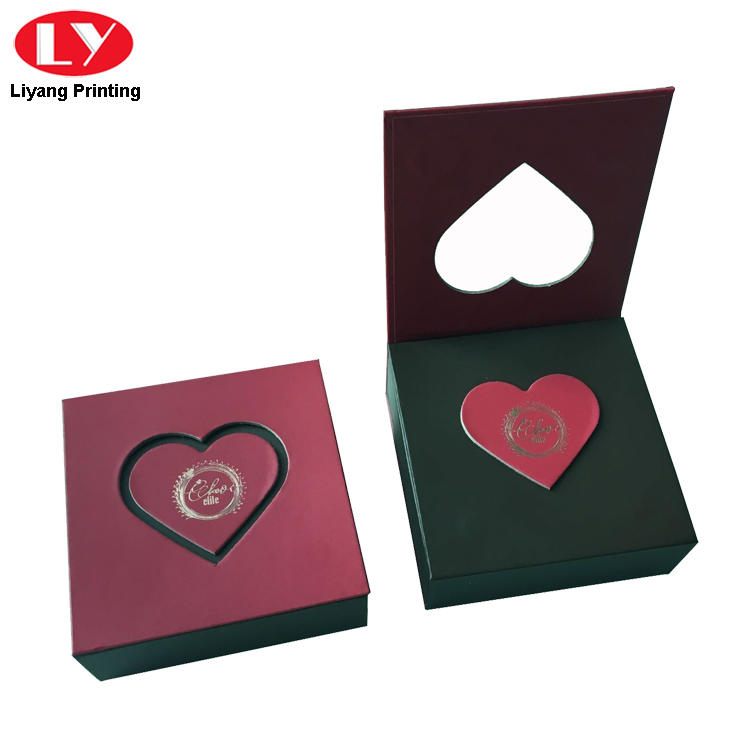 Heart Cut Packing Box for Chocolate Display Door Gift Box Red