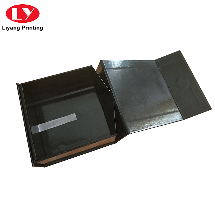 Custom Black Folding Magnetic Closure Collapsible Rigid Boxes Flat Pack Gift Boxes-7