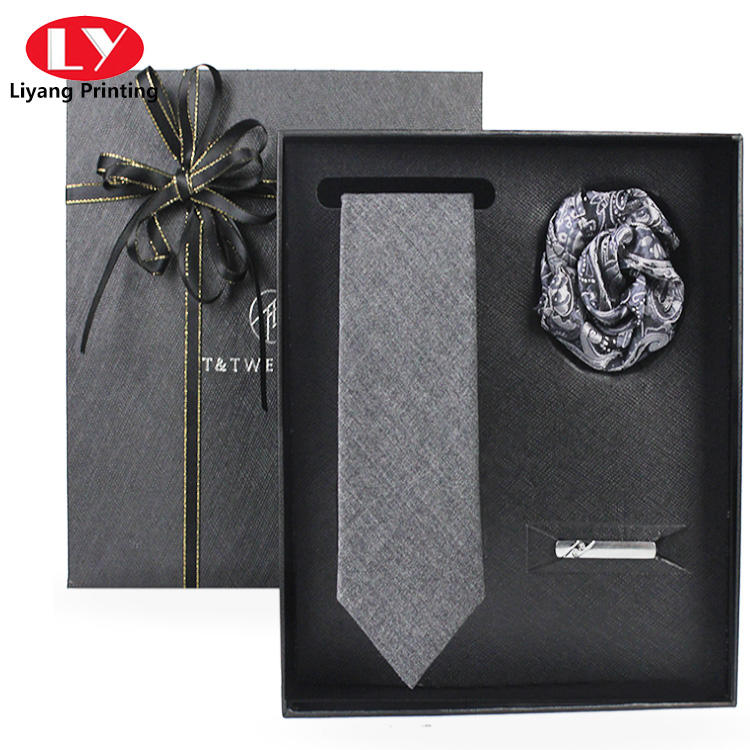 Bow tie and tie suit accessory gift box