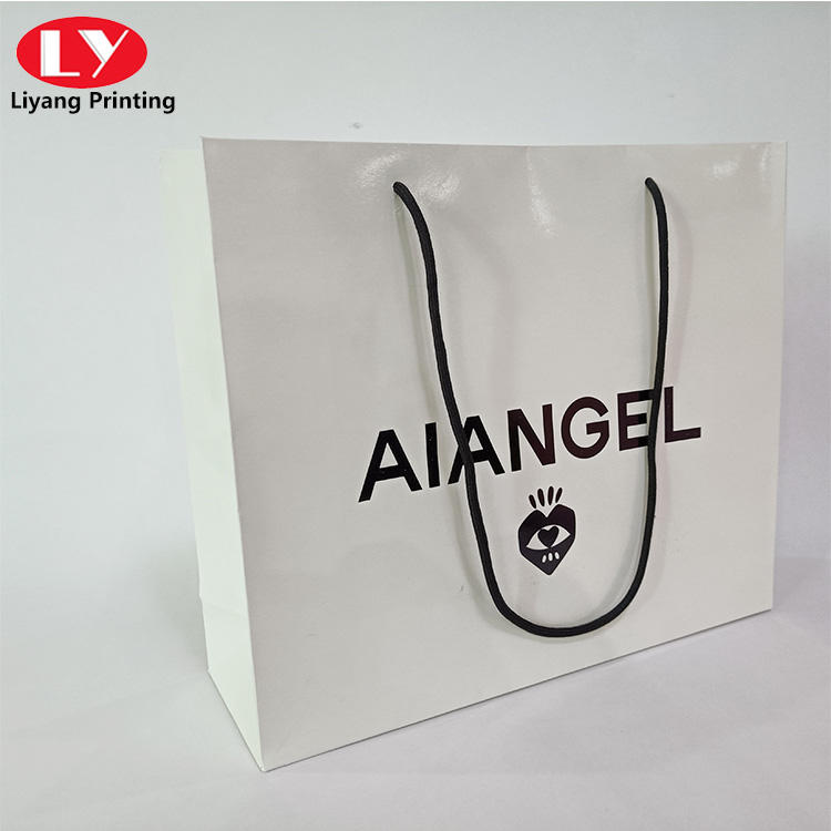 hot sale simple style shopping garment paper bag