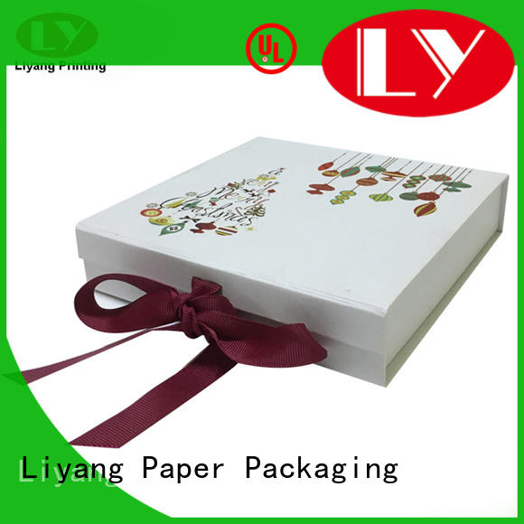 colorful gift paper box for bakery