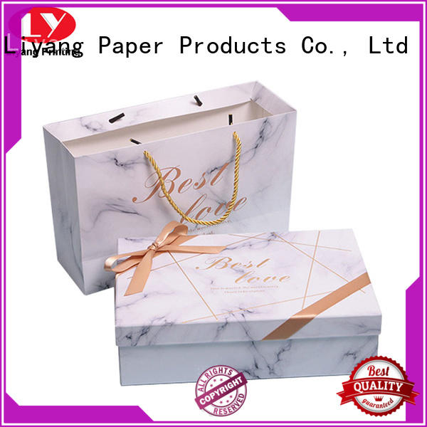Liyang Paper Packaging magnetic magnetic gift box for chocolate