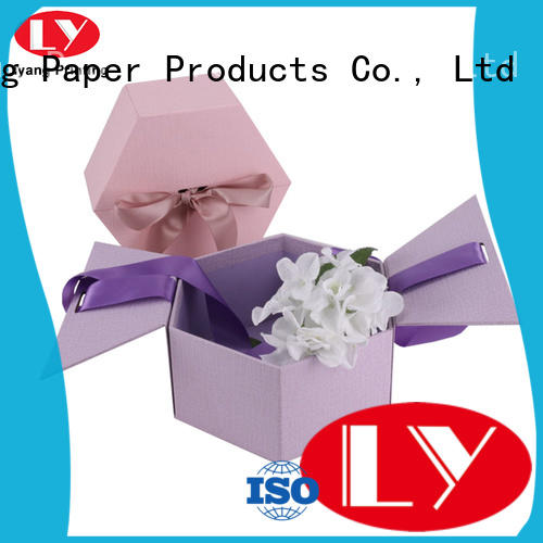 twist paper flower box graphic artwork for gift